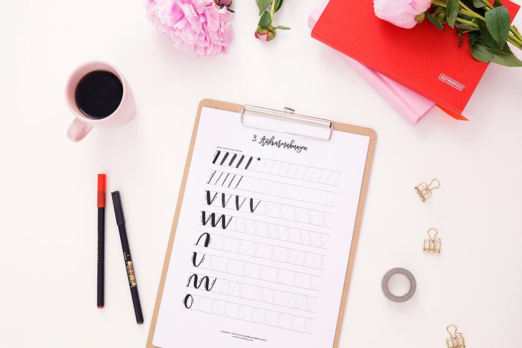Frau Liebling - DIY Blog - Deko, Geschenke, Lettering - Basic Lettering Guide - einfach Lettering lernen